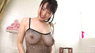 Busty Japanese babe Mashiro An creampied after a hardcore fuck