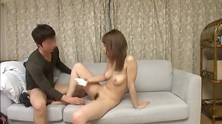 Japanese skirt with a glum trimmed pussy gets taken hard